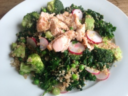 Superfood Salmon & Avocado Salad