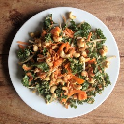Cashew & Kale Salad